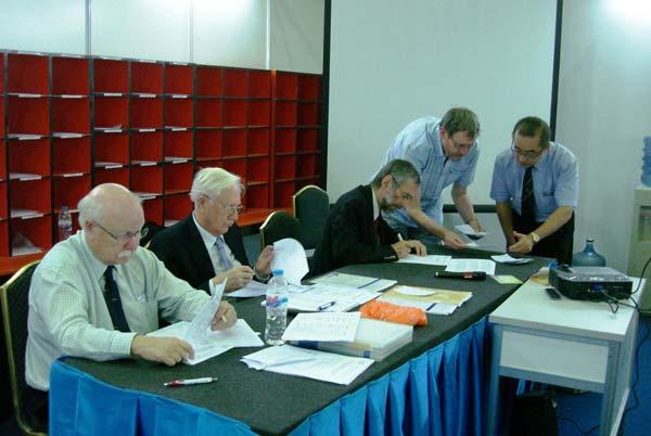 подсчёт голосов на конференция комиссии ФИП по филателистической литературе